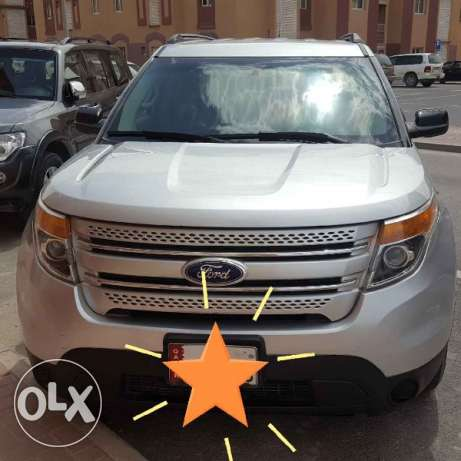Ford explorer silver colour for sale very good condition NO accident
