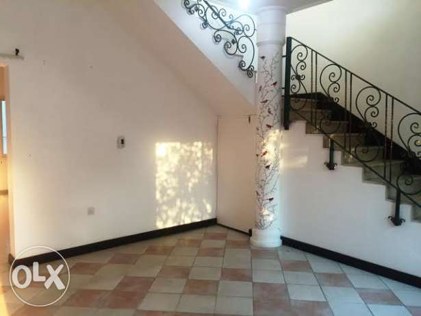 3 BHK Unfurnished Compound Villa in Hilal