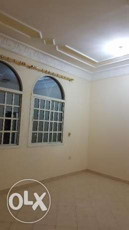 Flats available behind Lulu hyper market, D ring road