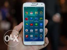 S5 Samsung Phone for sale