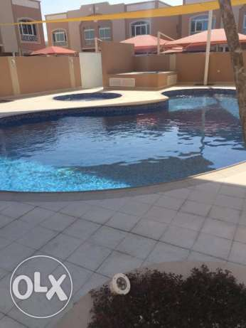 ∞4 RENT 04BHK Semi furnished Villa compound Behind villagio Muraykh ∞