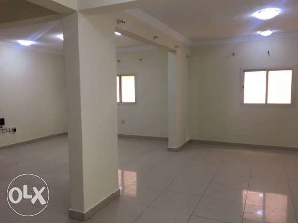 Commercial office 3bhk and 2bhk in Murray and aziziya.