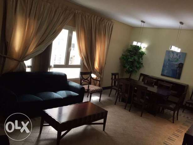 Fully Furnished HUGE 3-BR Flat in AL SADD,Pool.Gym السد -  2