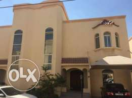 5 Bedrooms Villa In Ain Khalid in Compound