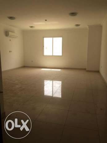 Luxury SF 4-BR Flat in Fereej Bin Mahmoud / QR. 12000 / Pool