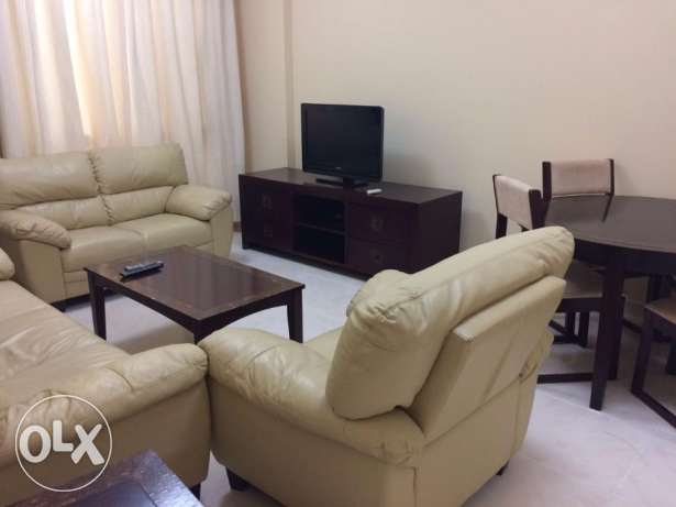 Fully-Furnished 2-Bedroom Flat in -{Bin Mahmoud}- فريج بن محمود -  8