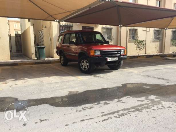 Land Rover Discovery 2 new istemara until nov 2017 الوكرة -  2