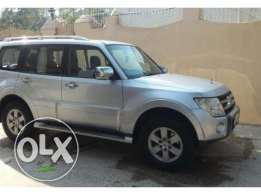 Full option PAJERO 2008