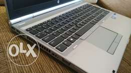 Hp core i7 laptop like new