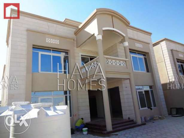 Semi Commercial Villa at the E-Ring road with ELEVATOR الهلال -  1