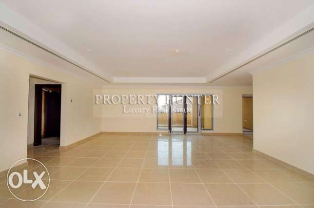 Brand new 2 bedrooms low raise apartment