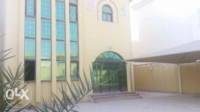 Sime Commercial Villa For rent wakrah