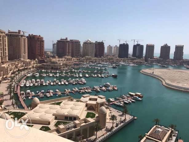 Lavish 3Bedroom tower with full marina view , Pearl