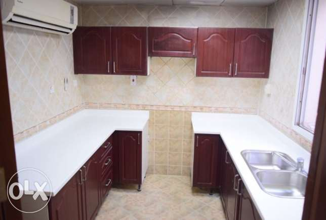 3 bhk semi furnished appartment available for family in muntazah