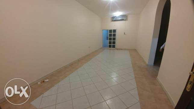 2Bedroom Unfurnished Apartment For Rent In Al Nasr