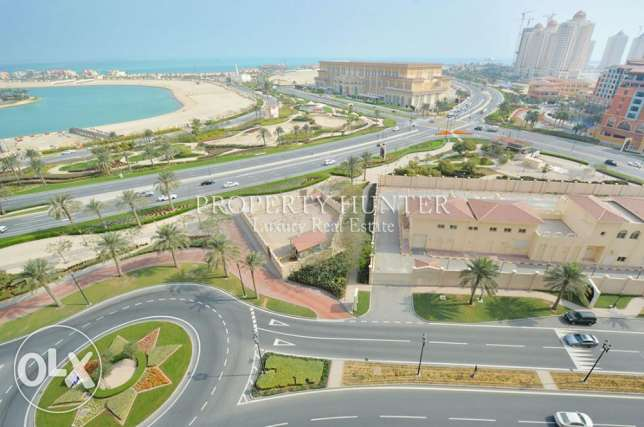 Full Sea View Modern Apartment in Porto Arabia