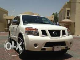Nissan Armada SE with very low mileage