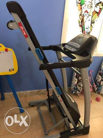 treadmill excellent condition as new