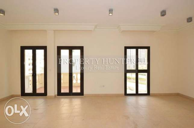Dazzling 3 Bedroom Apartment in QQ
