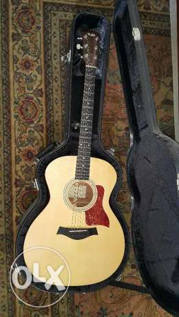 Taylor 214ce - Natural Grand Auditorium - w/ Case & Great Condition مطار الدوحة -  1