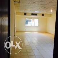 Very spacious 3 bhk flat in al nasar for family