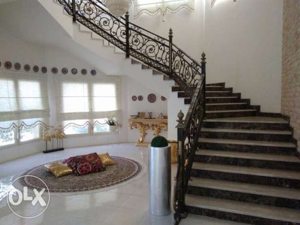 luxurious villa in aldaffna ,, 1200m