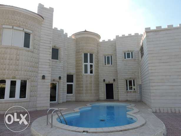 Gorgeous standalone Villa for rent in westbay