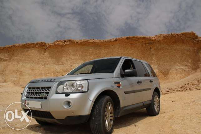 LAND ROVER LR2 2008 HSE FOR SALE QAR 32,000/- (Negotiable)