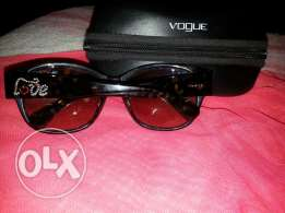 Branded new vogue sunglases