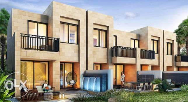 Buy a Home / Villa in Dubai - Freehold for 1M