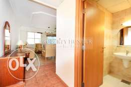Dazzling 1 Bed Apartment in West Bay