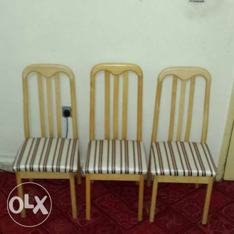 3 Chairs And 1 Table الريان -  1