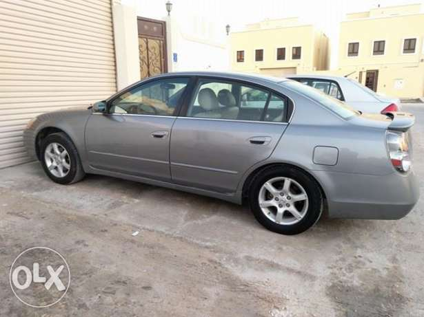 Nissan altima.2007 (on road 2008)