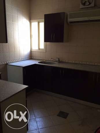Semi Furnished 1-BR Flat in AL Sadd السد -  2