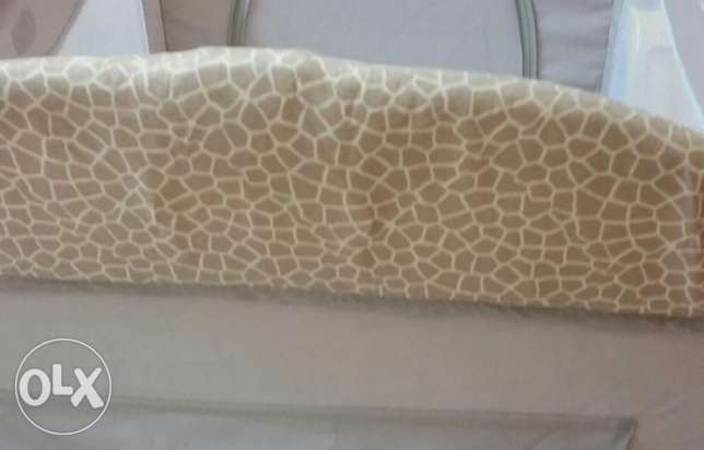 Baby bed, from baby shop, very good condition