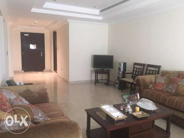 Best deal!! 2 bedrooms fully furnished in Porto Arabia