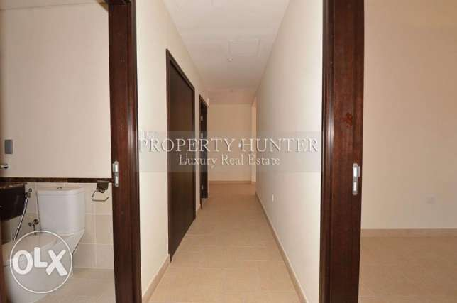 3 BR home in Qanat Quartier +Water views الؤلؤة -قطر -  6