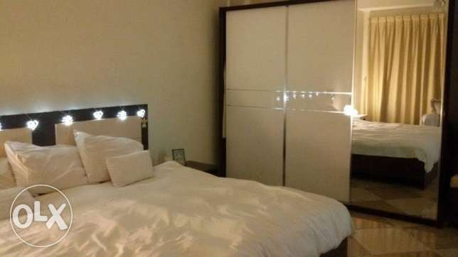 Fully Furnished Master Bedroom with Ensuite Bathroom - FEMALE only