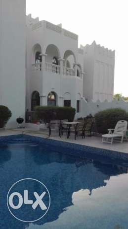 Available one bedroom with attached bathroom in a Villa in Lagoona
