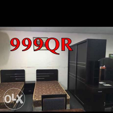 selling Bedroom set good condiation
