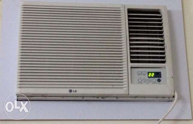 LG Air Conditioner with Remote control