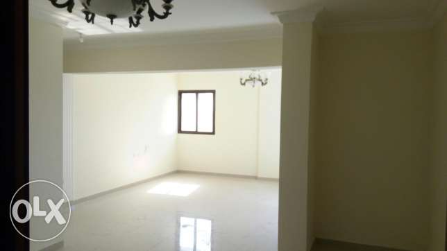 2, bed room flat madinakalifa south
