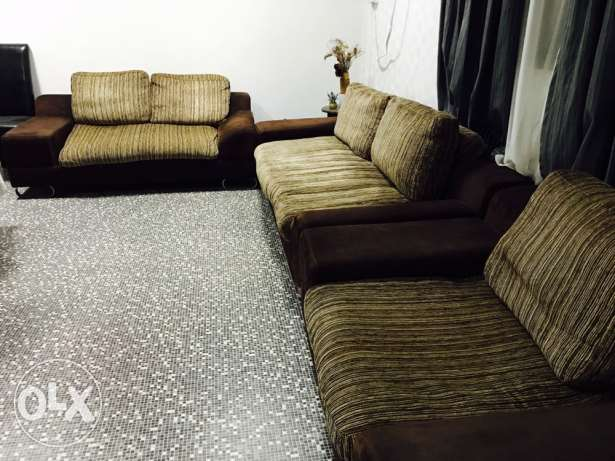 Pan Emirates Sofa Set in Very Good Condition..