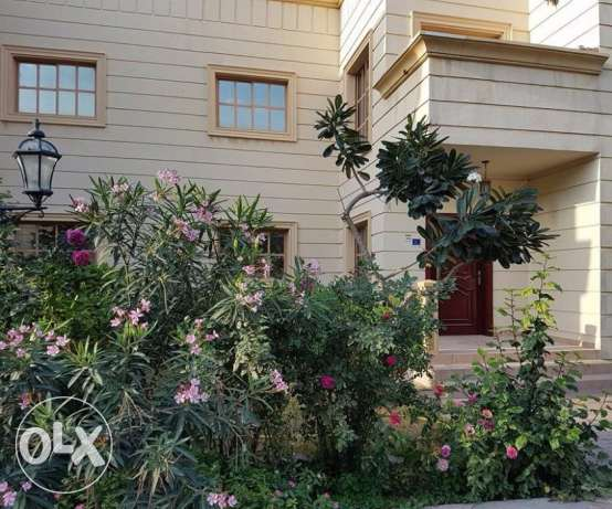 Un-Furnished 4 Bedrooms Villa In A Compound