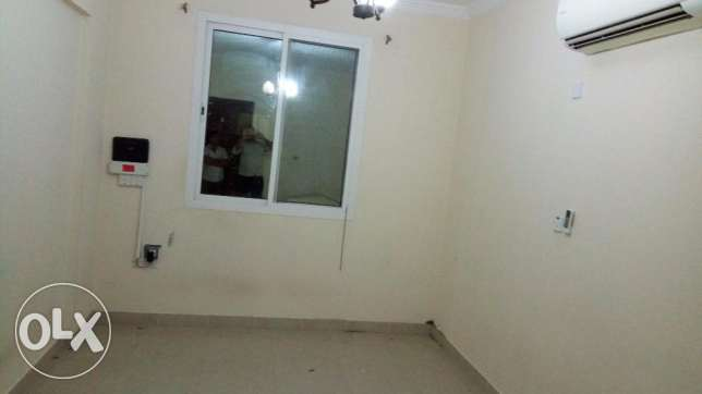 2 bedroom flat old airport