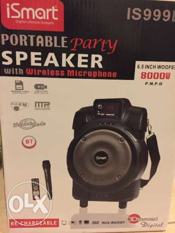 Portable rechargeable Speaker with wireless mic and Bluetoothe, radio