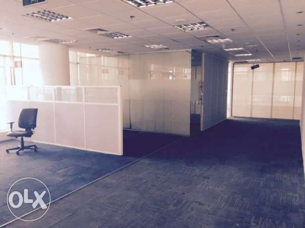 Fully-Furnished, Office Available in West bay الخليج الغربي -  4