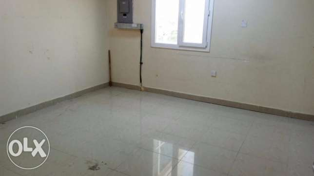 A very big and fully cemented 2BHK home in Ain Khalid for family/bachl
