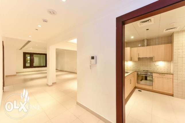 SPECIAL Offer! 1-Bedroom Apt. in Porto Arabia - Colorful View