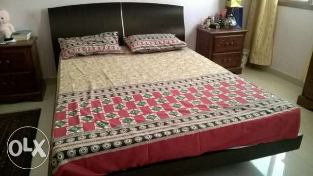 almost new queen size bed bought from home center last year in very good condition urgent sale